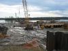 008-2008-zapochva-rabota-v-podvodnata-chast-na-rekata-po-izlivane-na-koloni-na-60-80-m-pod-dunoto