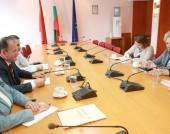 Председателят на Националния съвет на БСП Михаил Миков и Деница Караджова, член на Изпълнителното бюро на НС на БСП се срещнаха с представители на Организацията за сигурност и сътрудничество в Европа - 15 септември 2014 г.