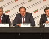 Пресконференция на Коалиция БСП лява България в НДК след края на изборния ден на 5 октомври 2014 г.