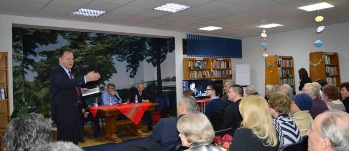 Представяне на лнигата за Петър Младенов - декември 2016 г.